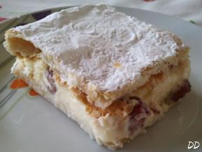 Torta millefoglie alla crema chantilly e fragoline
