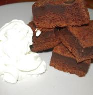 Torta doppio strato al cioccolato